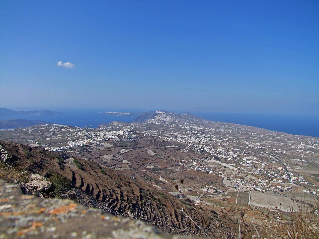 Hogyan lehet eljutni Santorinire