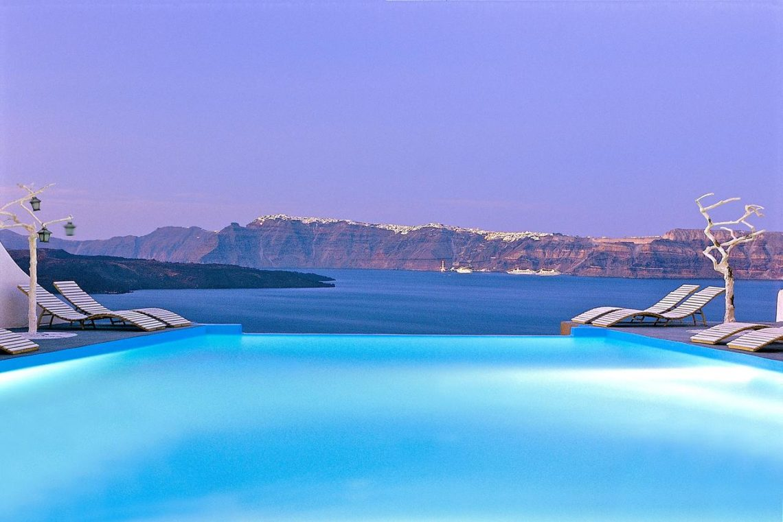 a legszebb medencék Santorini - astarte suites 3