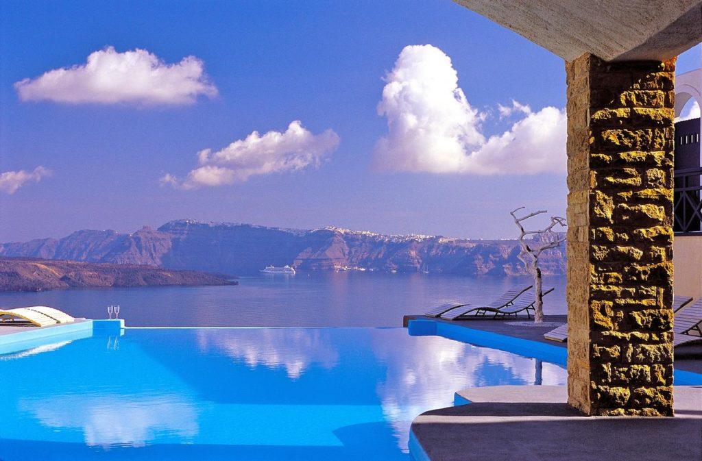 a legszebb medencék Santorini - astarte suites 1