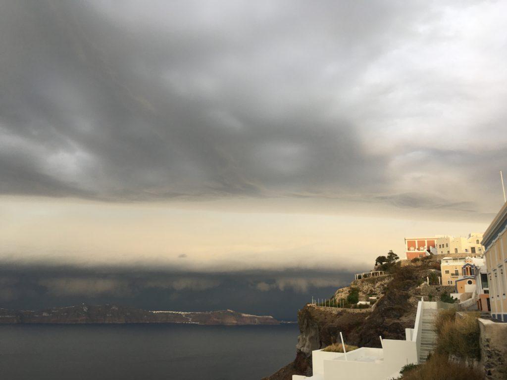 Egy csodás vihar ami hamarosan eléri Firát.