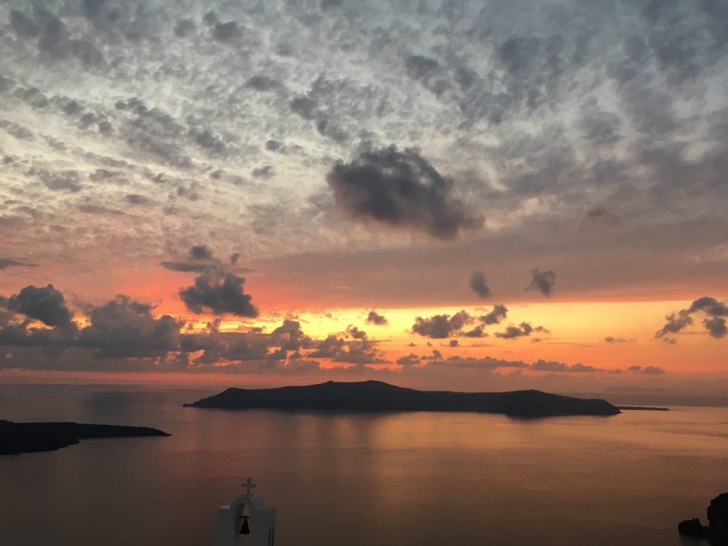 októberi Santorini