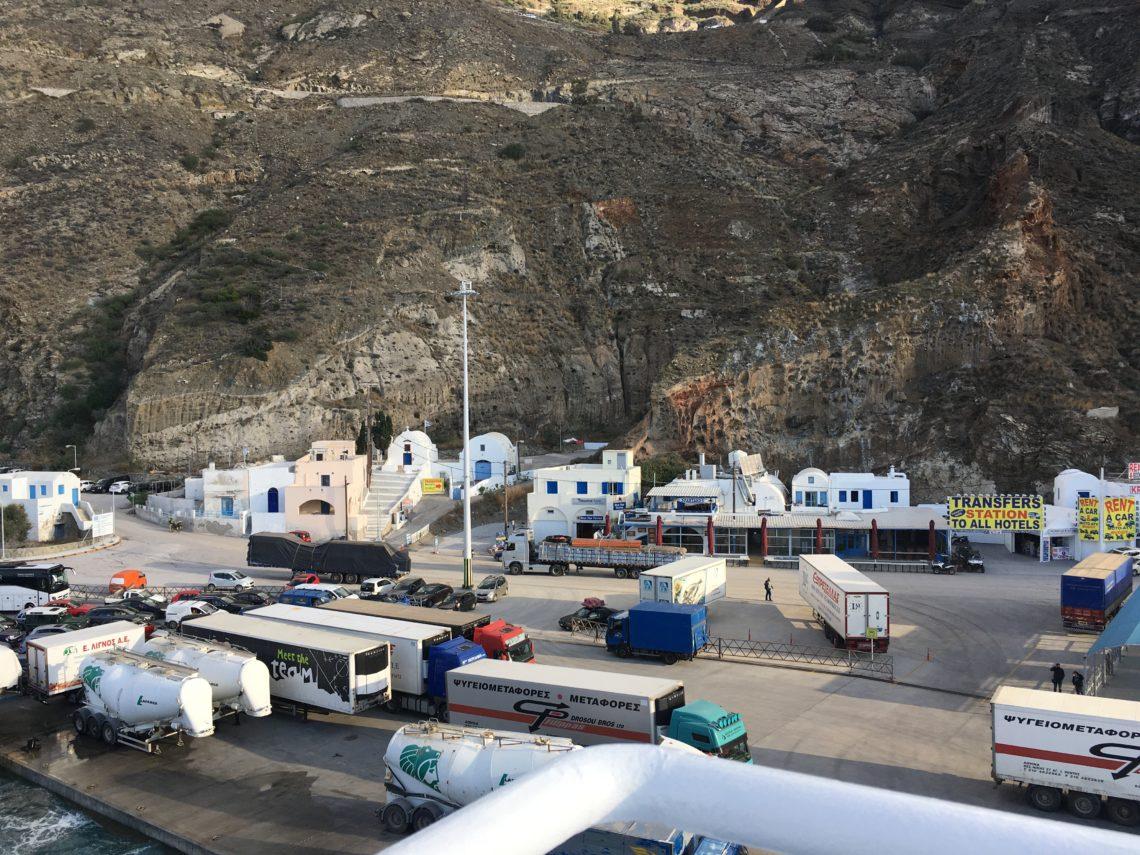Athinios kikötő